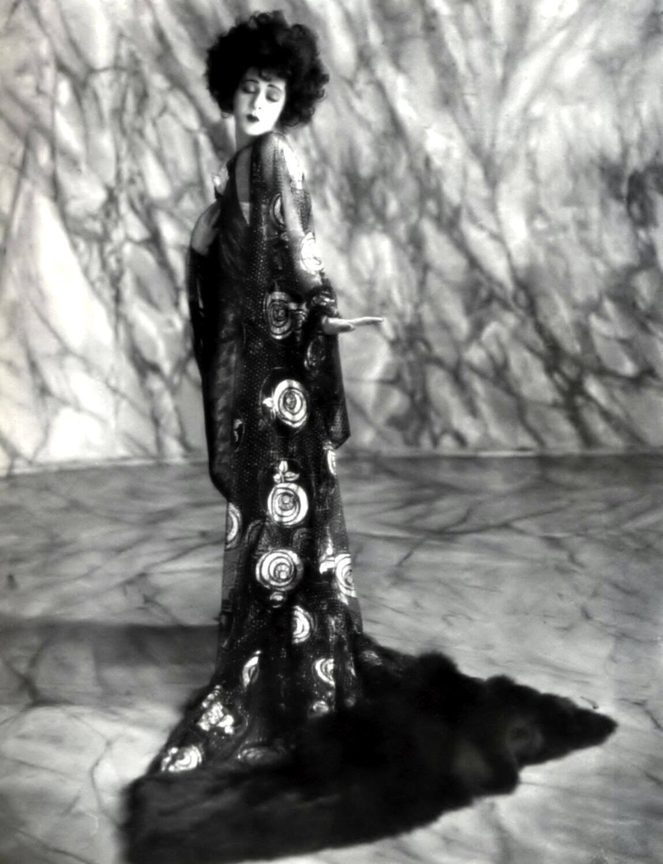 Alla Nazimova nudes (34 photo), Tits, Cleavage, Instagram, braless 2015