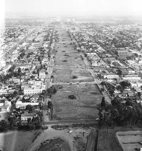 San Diego (405) Freeway construction, 1957 |