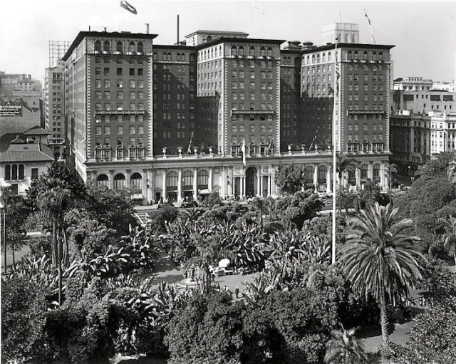 The Palms Hotel Los Angeles