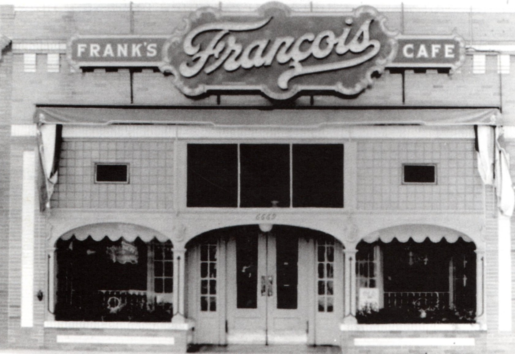 Frank s francois caf 1919 to 1923 before it became musso and frank grill at 6667 hollywood - Musso and frank grill hollywood ...