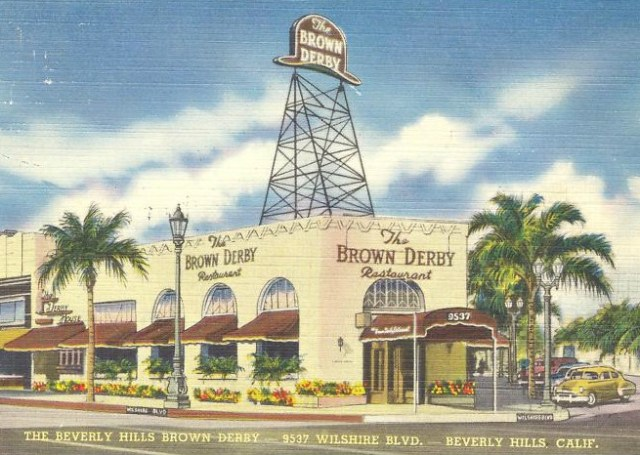 Postcard of Brown Derby restaurant, Wilshire Blvd, Beverly Hills