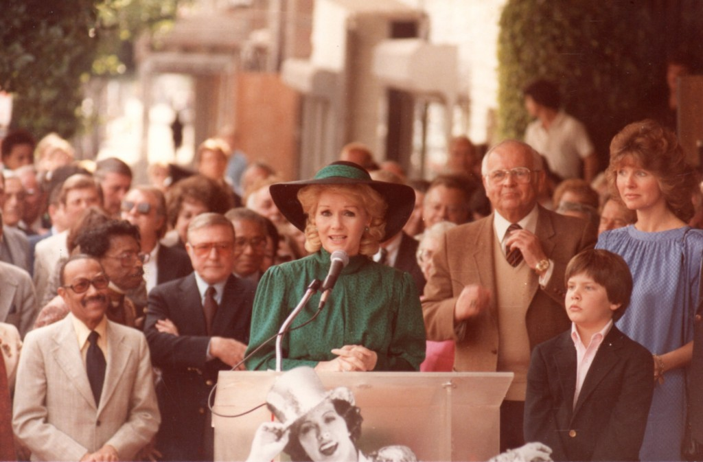 Debbie Reynolds speaking at Eleanor Powell's Walk of Fame ceremony 15FEB1984