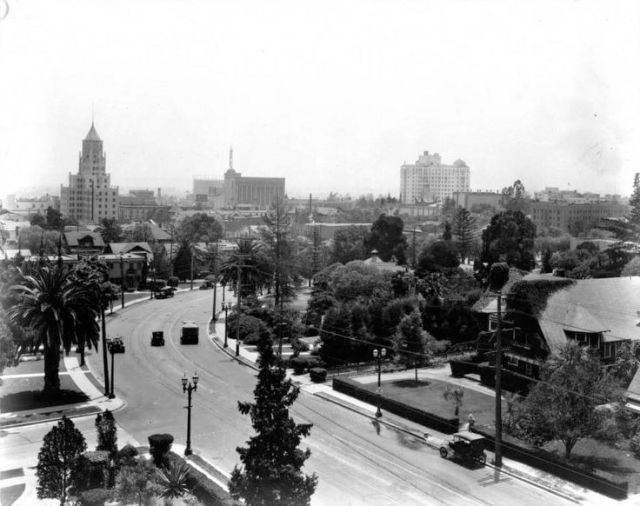 Corner of Highland Ave and Franklin Ave, Hollywood 1928