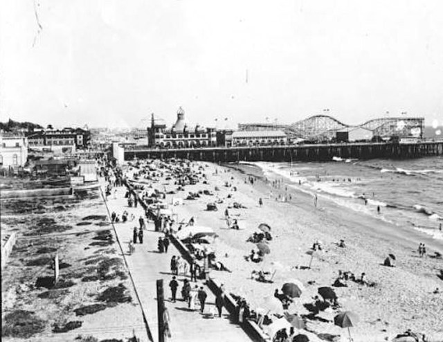 Santa Monica Pier and boardwalk, 1920