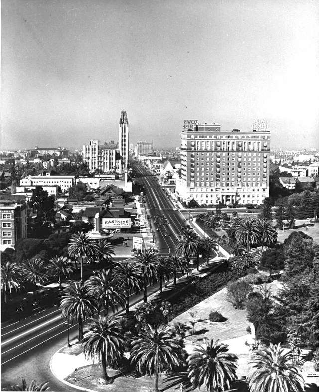 Wilshire Boulevard transitions from a Spanish to an American street grid at Hoover, circa 1930s