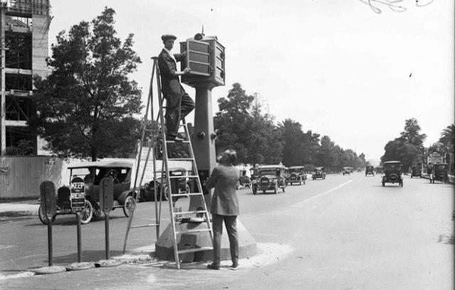 American Bobby traffic device, circa 1920s