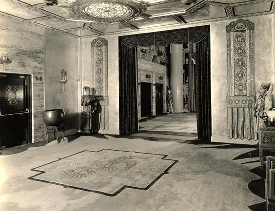 Interior Grauman's Chinese Theatre, Hollywood Boulevard, 1927