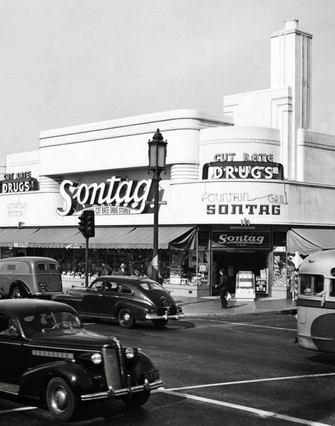 Sontag drugstore 5401 Wilshire Boulevard at the corner of Wilshire and Cloverdale (1941)