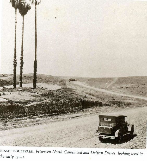 Looking west along Sunset Blvd, between N. Carolwood and Delfern Drive, early 1920s