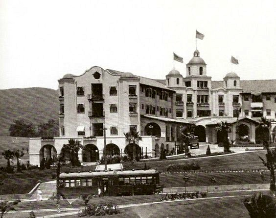 Streetcar along Sunset Blvd out front of the Beverly Hills Hotel, circa 1912