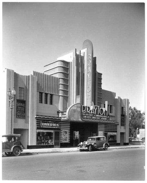 Brayton Theater,  2157 Atlantic Boulevard, Long Beach, late 1933