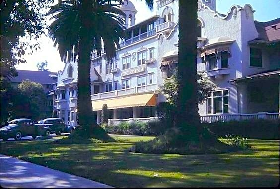 Hollywood Hotel, corner Hollywood and Highland, in color, circa 1940s