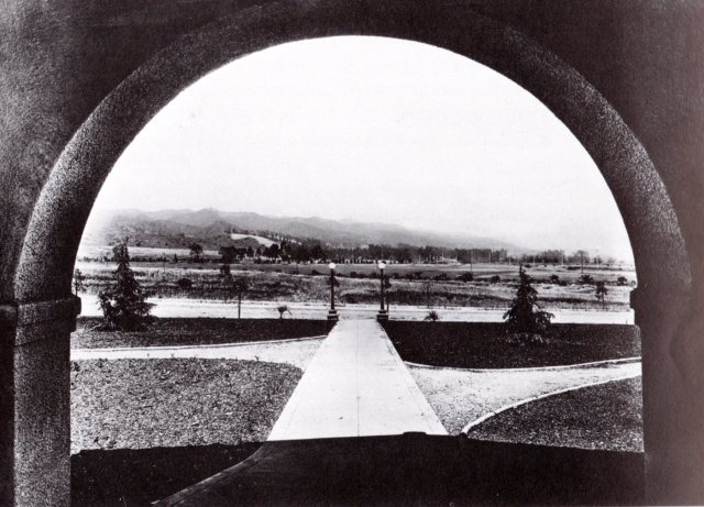 View from the Beverly Hills Hotel, looking east, 1915