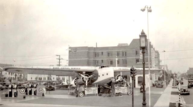 Bob's airmail service gas station, 5453 Wilshire Boulevard