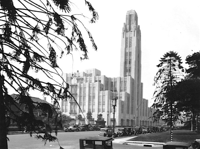 Bullocks Wilshire department store Wilshire Blvd, Los Angeles, 1929