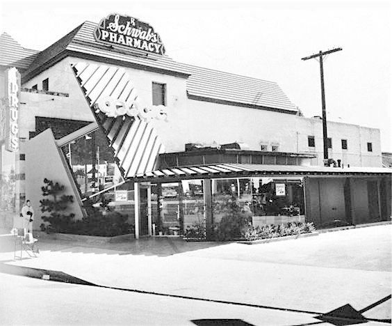Googie's Coffee Shop at Sunset Blvd and Crescent Heights, West Hollywood