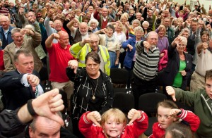 Bidford on Avon residents say no to plans to close the fire station at a packed public meeting