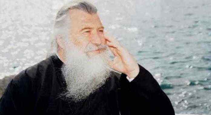 """Părintele Elpidie: """"După Cincizecime și înainte de venirea sărbătorii Maicii Domnului vor începe toate"""""""