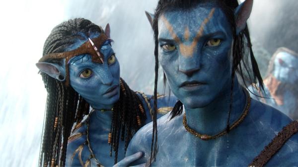 Neytiri (Zoe Saldana) and Jake Sully (Sam Worthington) in Avatar  Image: 20th Century Fox