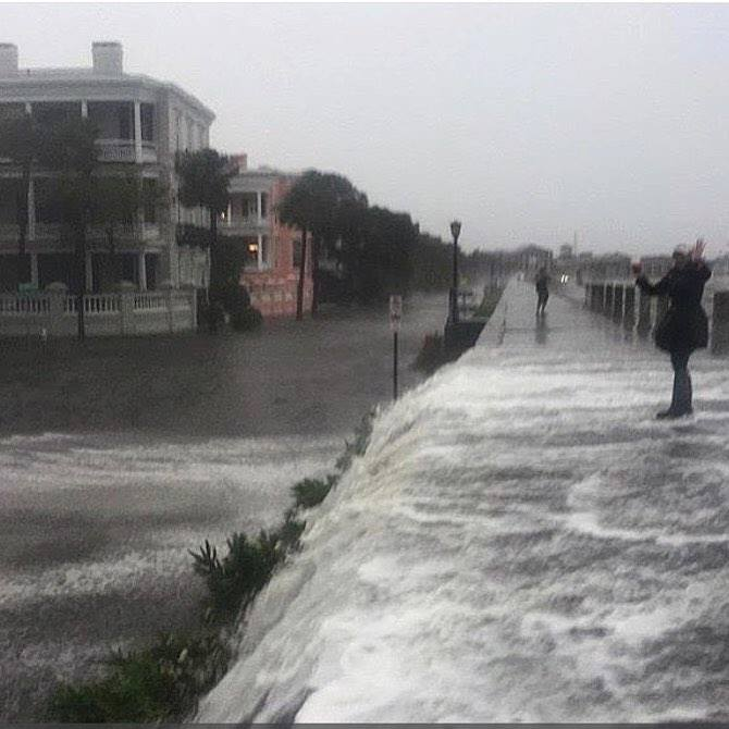 high tide in Charleston flooding