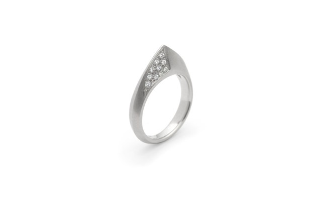 ART Peak Pave′ Diamond Ring