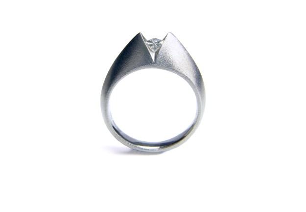 ART 'V' Square Diamond Ring