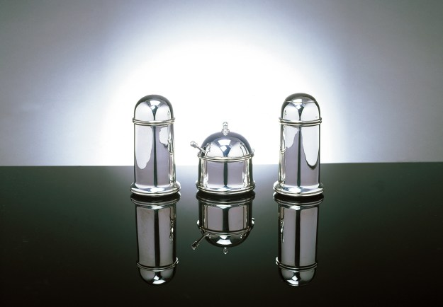 Dome Condiment Set