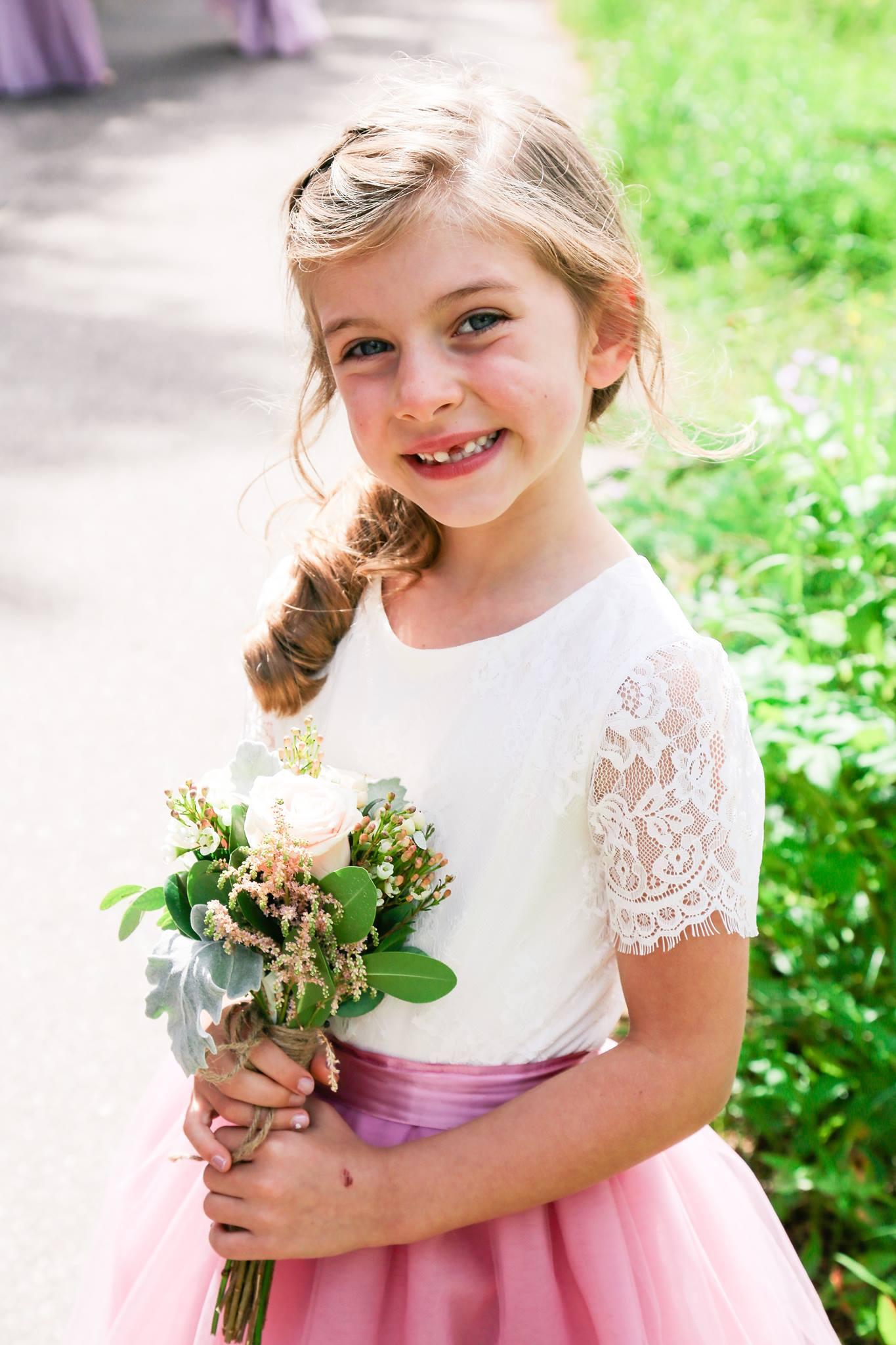 Tulle with Flower Girls Boquet