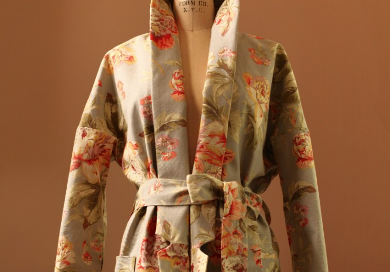 Long Floral Jacket Coat Kimono Taupe Rose Burdastyle 08/2017 #116 Anagrassia Custom Bespoke Easter Spring Notched Collar Cotton Colorful Couture Ukrainian Red