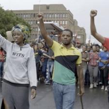 Film über Südafrika: Straßenschlacht statt Seminar