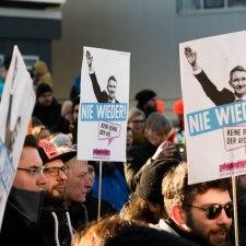 Die AfD zwischen »Kreidefressen« und Faschisierung