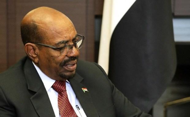 O povo sudanês levantou-se contra a ditadura militar de Omar Bashir