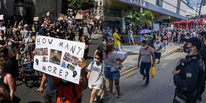 EUA e Brasil: eleições em meio à crise
