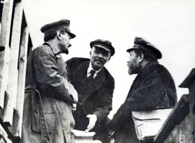 lenin and trotsky Image public domain