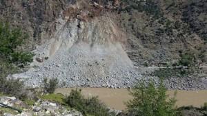 massive landslide along KKH