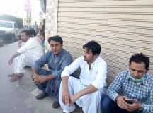 Quetta-Young Doctors & Paramedics Sit-in Protest 01