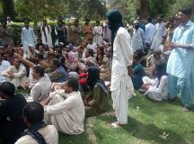 کوئٹہ: میٹرو پولیٹن ملازمین کا تنخواہوں کی عدم ادائیگی پر احتجاج