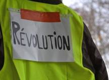 فرانس: پانچ ہفتے کے احتجاج کے بعد پیلی واسکٹ والے کہاں کھڑے ہیں؟