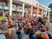پشاور: پی ڈی اے ایمپلائز یونین کا یکم فروری سے تالا بند ہڑتال کا اعلان