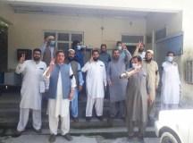 خیبر پختونخوا: شعبہ صحت کے ملازمین کی بڑھتے معاشی و سیاسی حملوں کے خلاف مزاحمت جاری