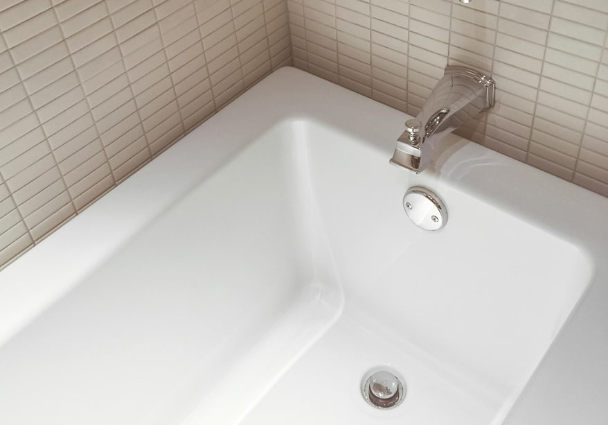does bathtub reglazing last maryland