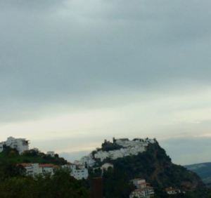 Casares (near Gaucin, Andaluc;ia), another island in the sky