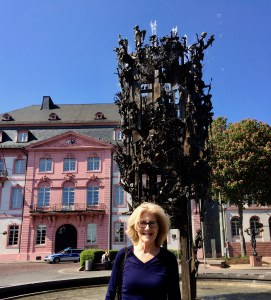 In front of the Fastnachtsbrunnen Fountain, Mainz, May 2014