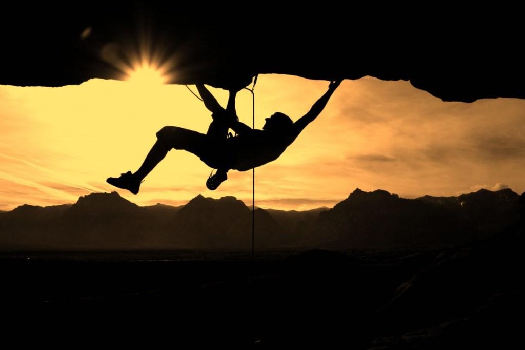 1395670181-climbing1