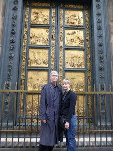 Sarah and John in front of the Baptistry's Doors of Paradise