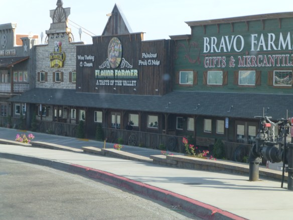 Nothing much ever changes along the ride home but here's something new. Bravo Farms is a fairly large complex at the Kettleman City exit. Wonder how long it will last.