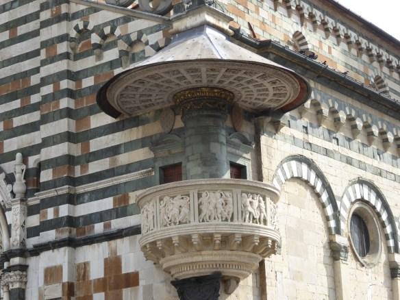 Unusual outdoor pulpit