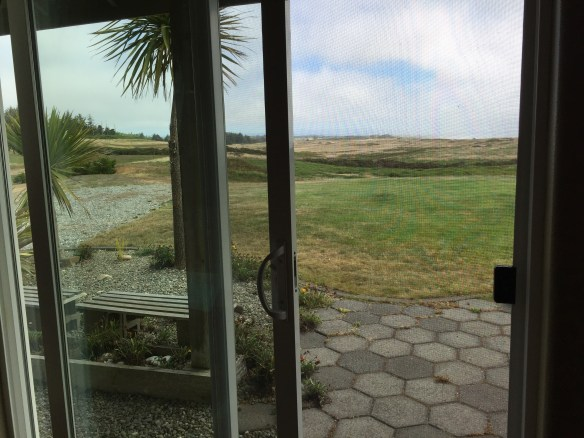 Just to the south is the Bandon Dunes golf resort with its famous links style course
