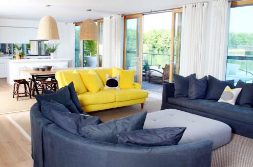 Cotswold Lake House- Lounge 2