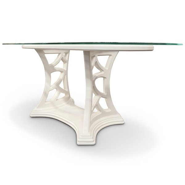 Oval table with glass top